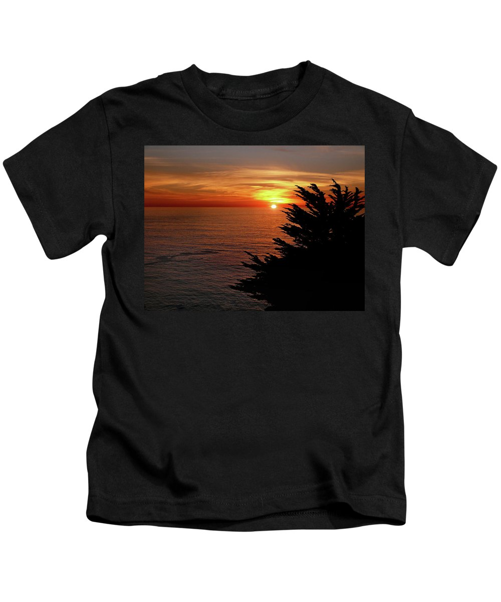 Waterscape Kids T-Shirt featuring the photograph Central Coast Sunset by Dave Sribnik