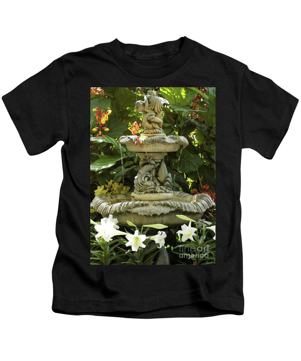 Cherub Kids T-Shirt featuring the photograph Cherub And Flowers by Kathleen Struckle