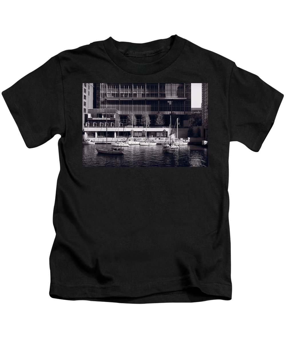 Chicago Kids T-Shirt featuring the photograph Chicago River Boats Bw by Steve Gadomski