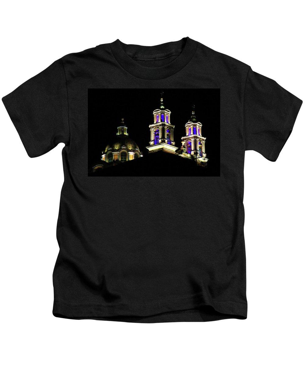 Cholula Kids T-Shirt featuring the photograph Cholula Church by Agustin Uzarraga