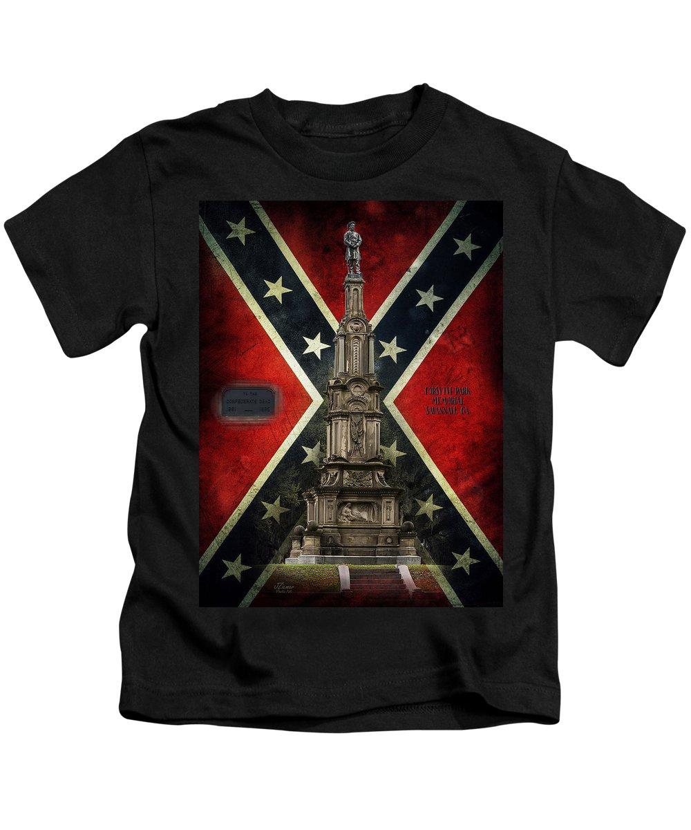 Memorial Kids T-Shirt featuring the photograph Civil War Memorial by Jim Ziemer