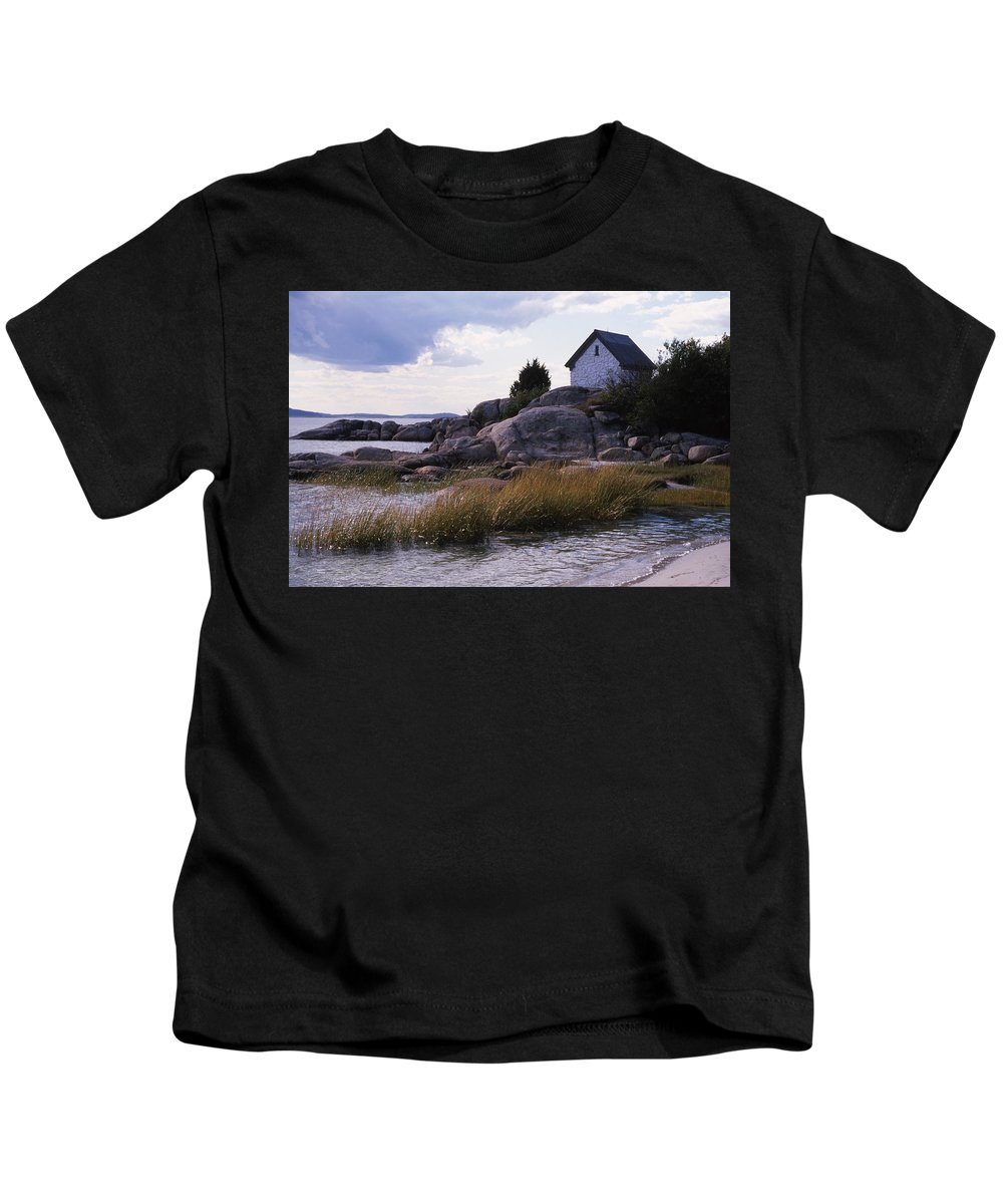 Landscape Beach Storm Kids T-Shirt featuring the photograph Cnrf0909 by Henry Butz