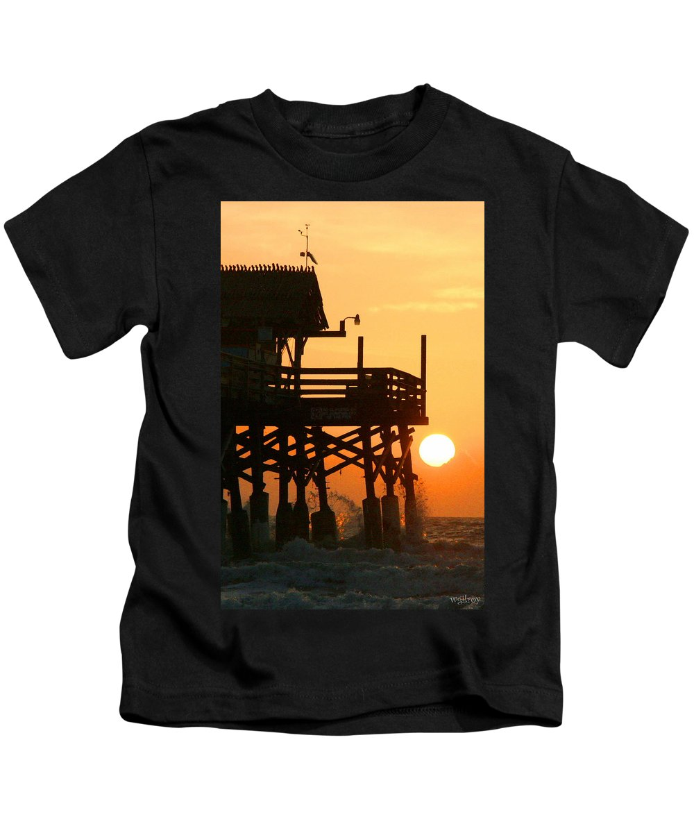 Wgilroy Kids T-Shirt featuring the photograph Cocoa Beach Pier/sunrise by W Gilroy