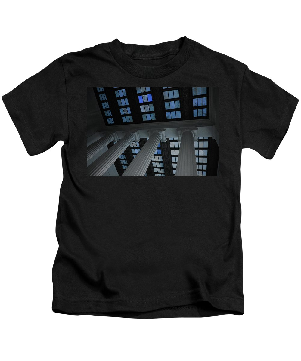 Lincoln Kids T-Shirt featuring the photograph Column Stain Blue by Jost Houk