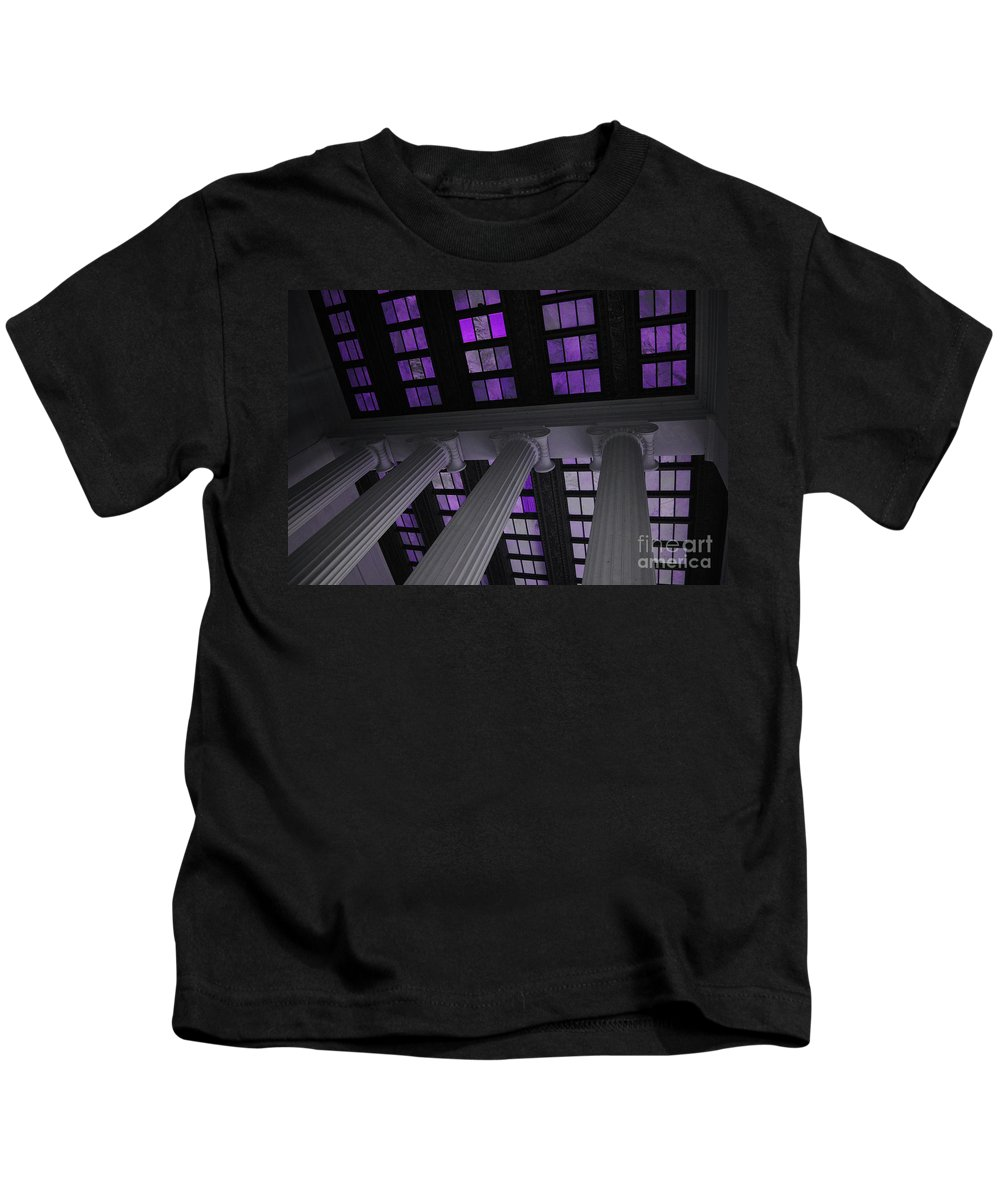 Lincoln Kids T-Shirt featuring the photograph Column Stain Purple by Jost Houk