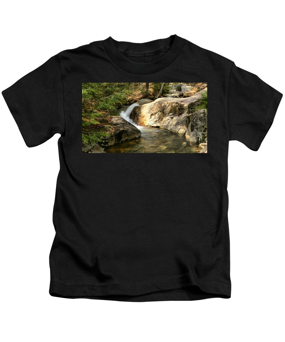 New Hampshire Kids T-Shirt featuring the photograph Curve by Nancie DeMellia