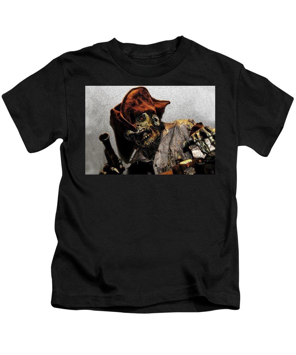 Davey Jones Kids T-Shirt featuring the painting Davey Jones by David Lee Thompson