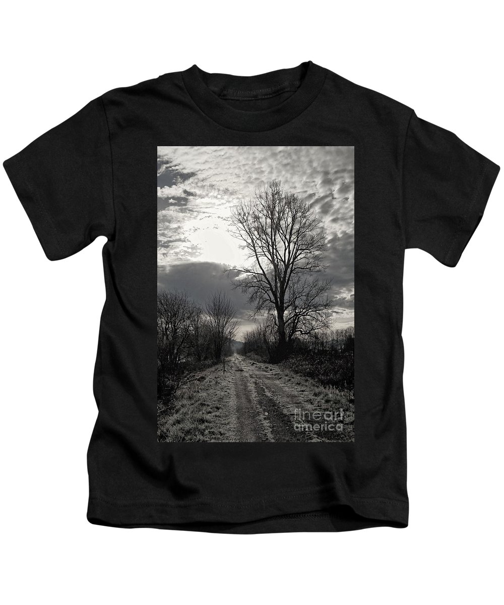 Landscape  Kids T-Shirt featuring the photograph Dawn by Jane Powell