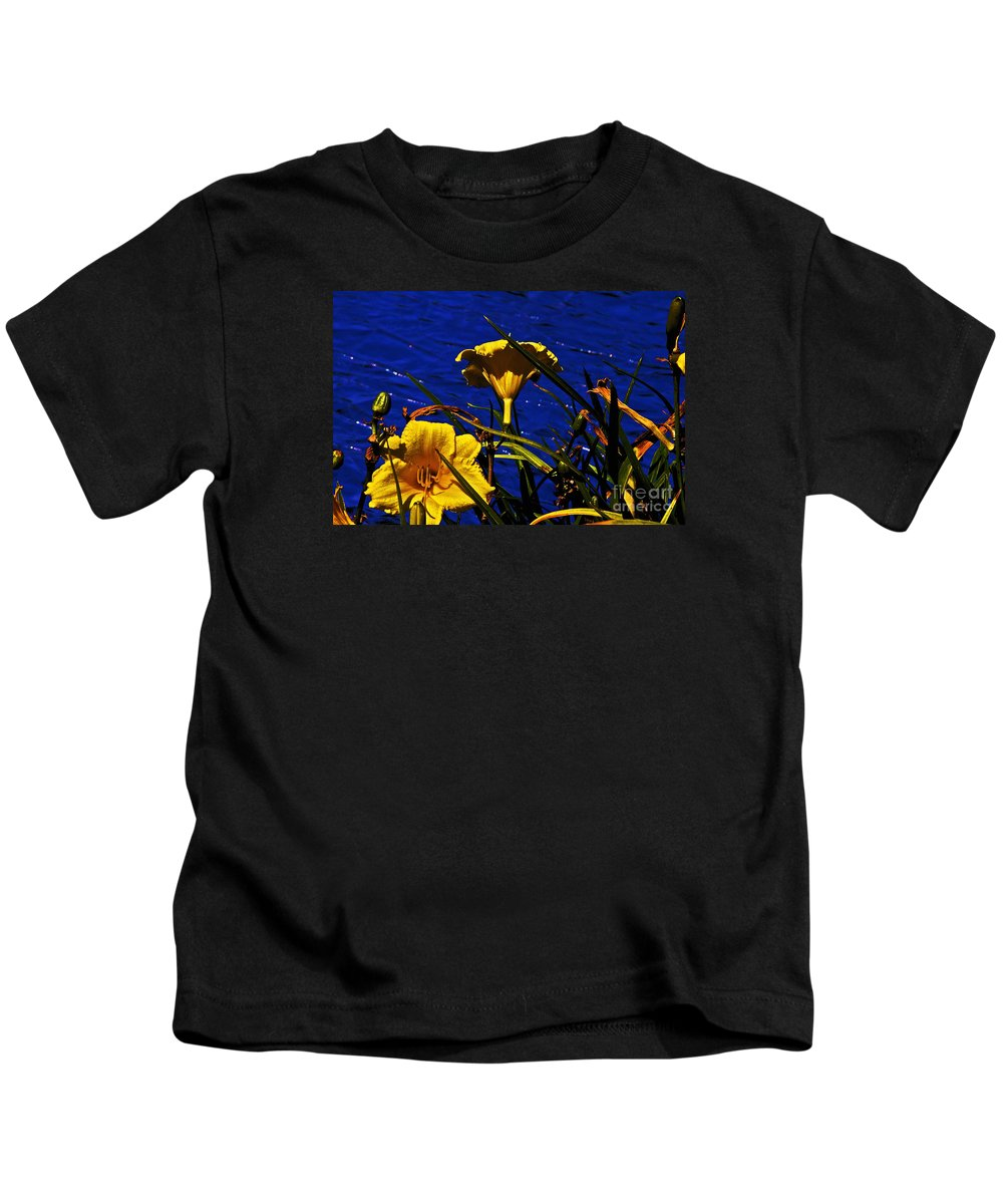 Day Lilies Kids T-Shirt featuring the photograph Day Lilies By The Water by David Frederick
