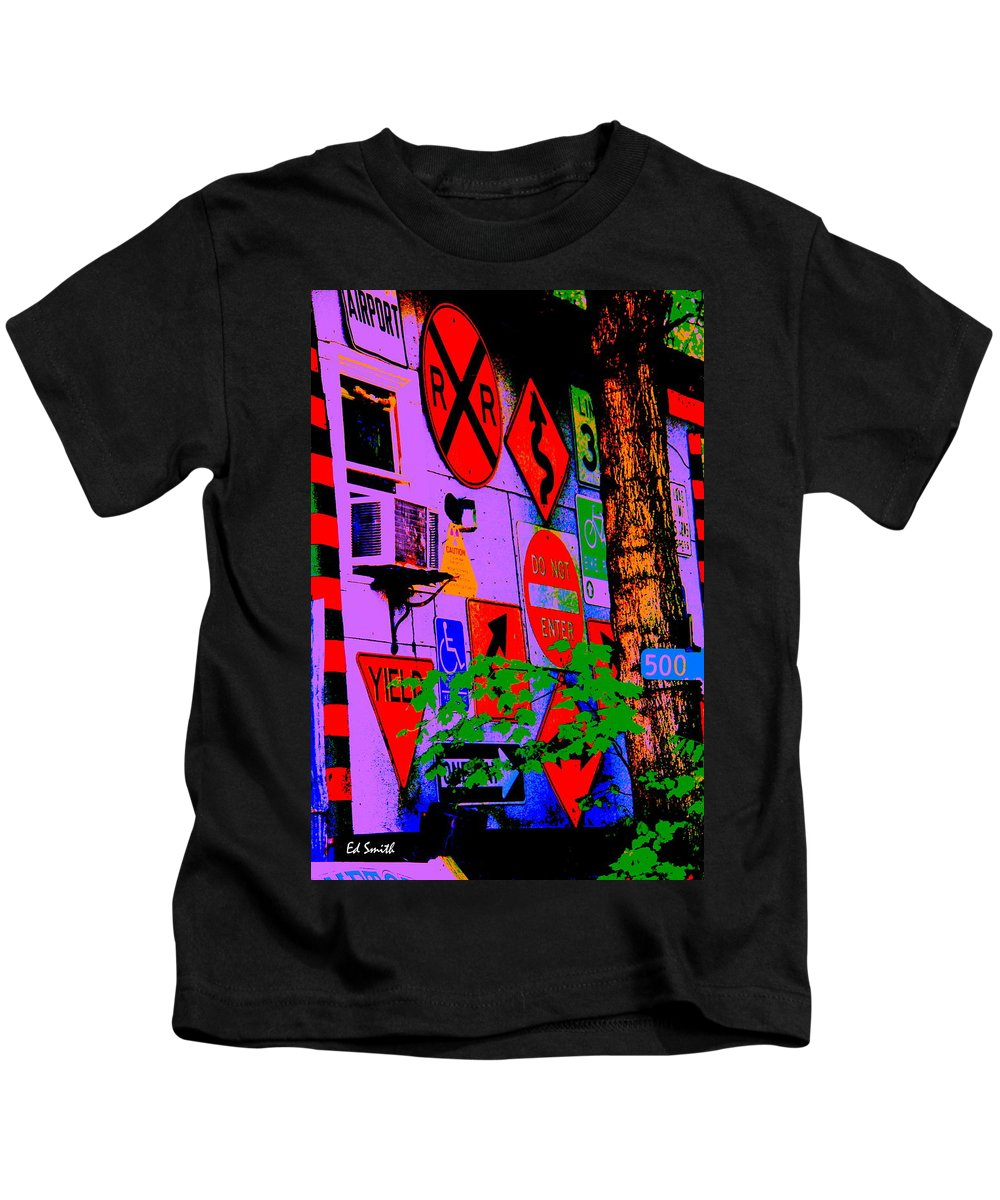 Decisions Decisions Kids T-Shirt featuring the photograph Decisions Decisions by Ed Smith