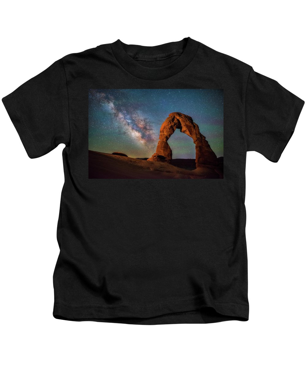 Delicate Arch Kids T-Shirt featuring the photograph Delicate Air Glow by Darren White