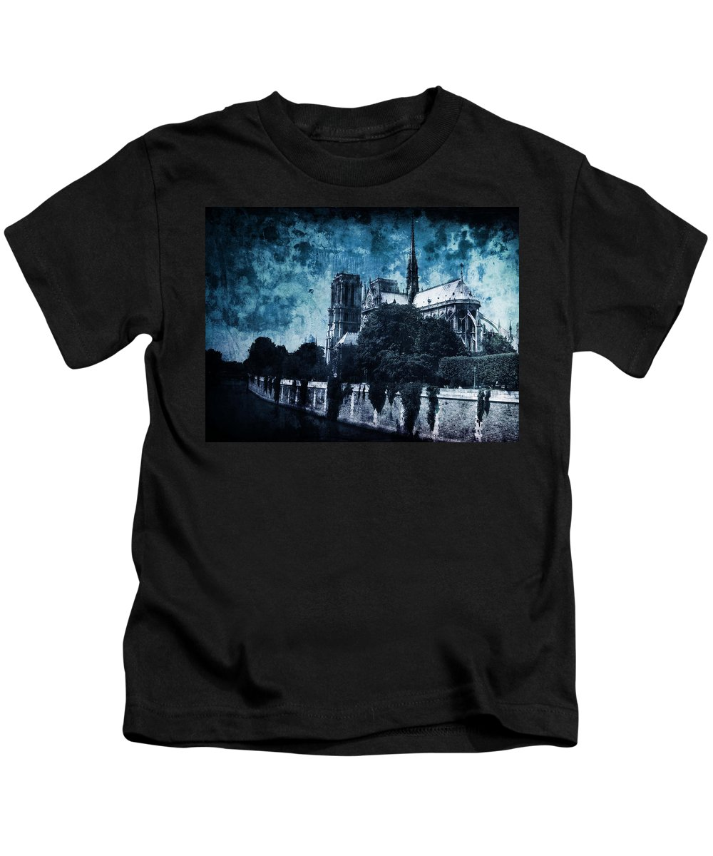 Architecture Kids T-Shirt featuring the photograph Dissipating Rapture by Andrew Paranavitana