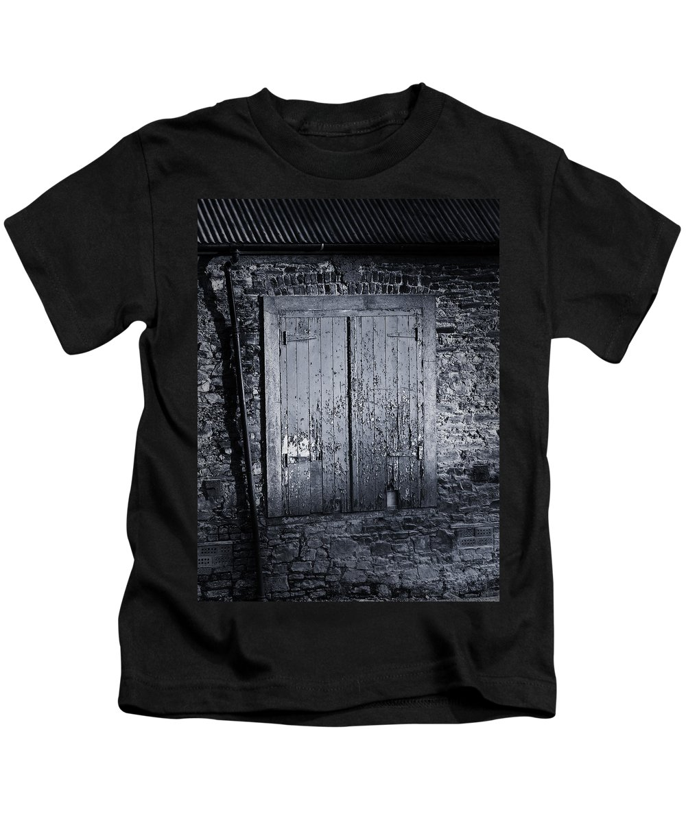 Irish Kids T-Shirt featuring the photograph Door To Nowhere Blarney Ireland by Teresa Mucha