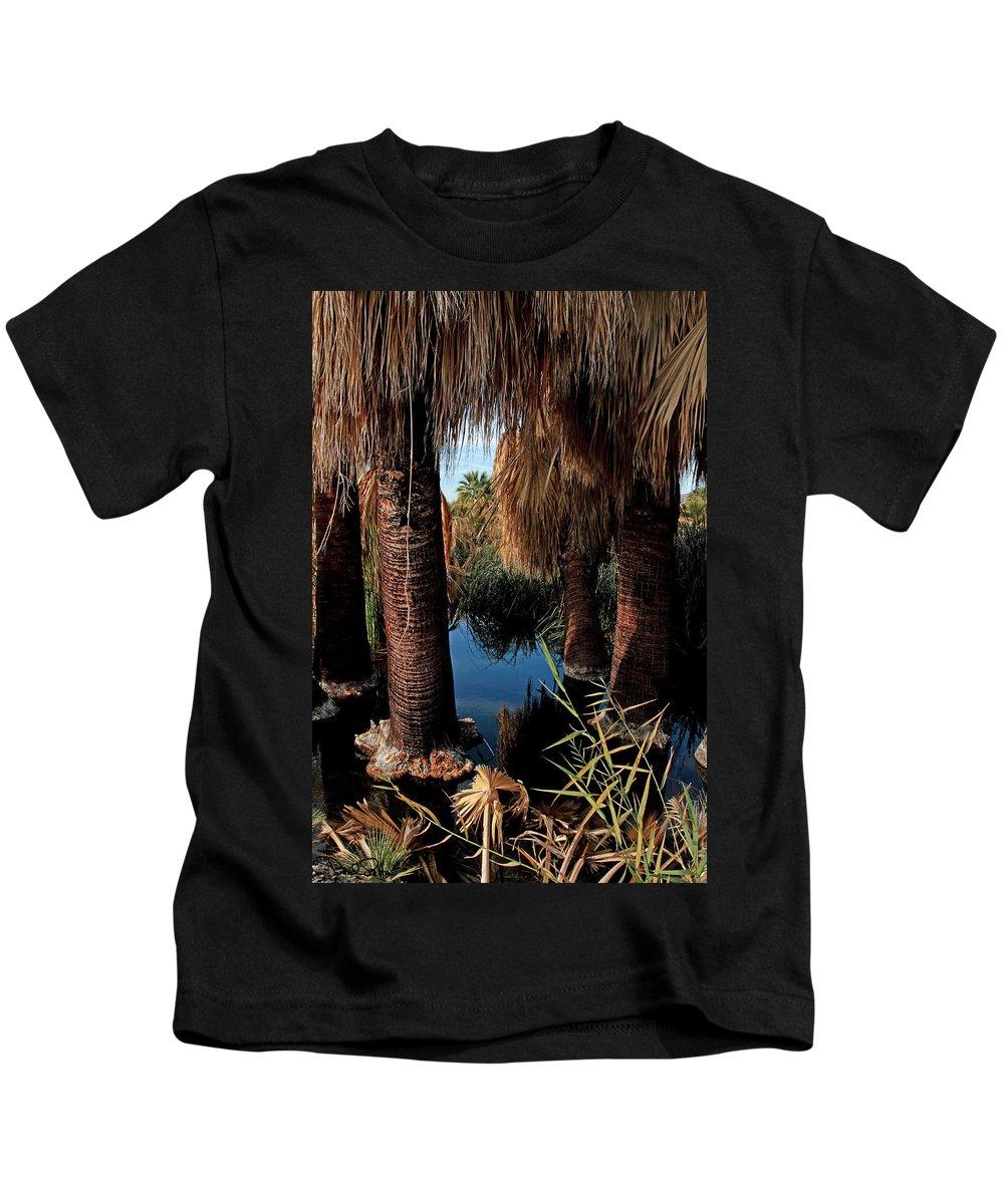 Oasis Kids T-Shirt featuring the photograph Dos Palmas Oasis by David Salter