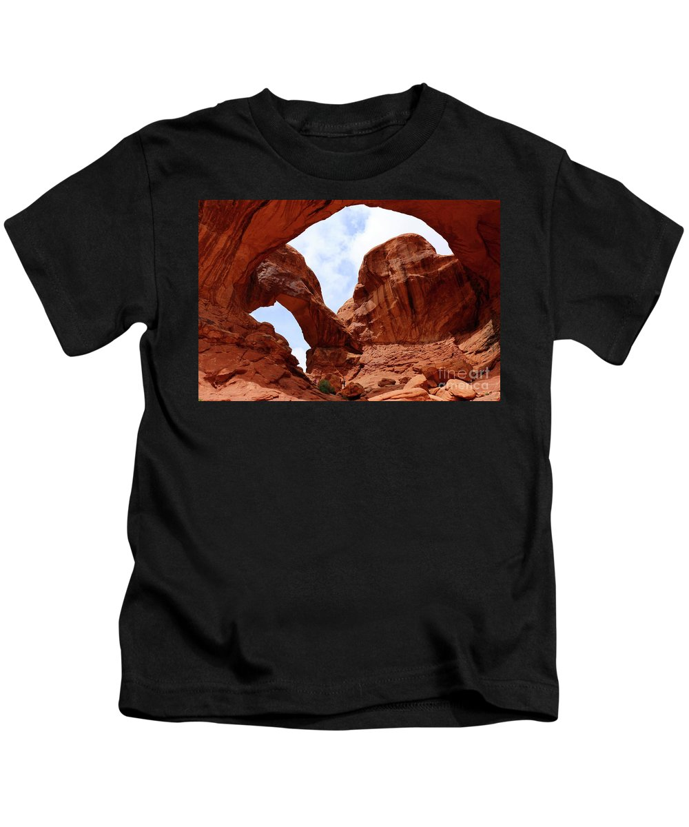 America Kids T-Shirt featuring the photograph Double Arch by Christiane Schulze Art And Photography