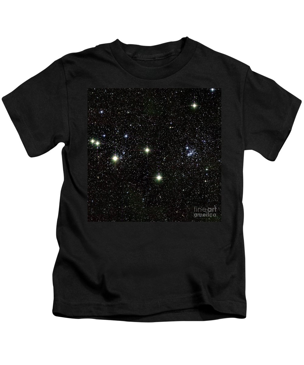 Science Kids T-Shirt featuring the photograph Double Cluster, Ngc 869 And Ngc 884 by Science Source