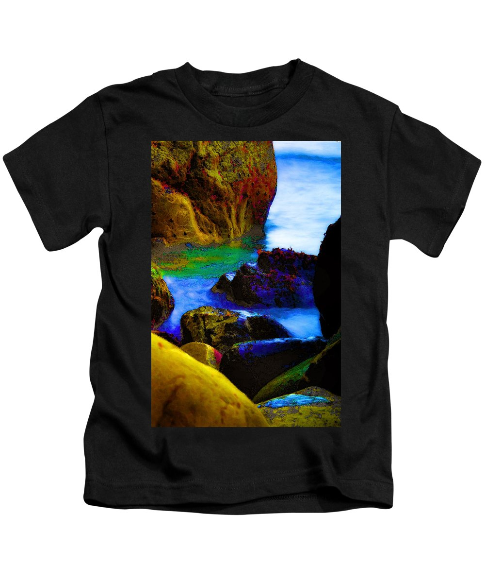 Digital Artwork Kids T-Shirt featuring the digital art Down To The Sea by Donna Blackhall