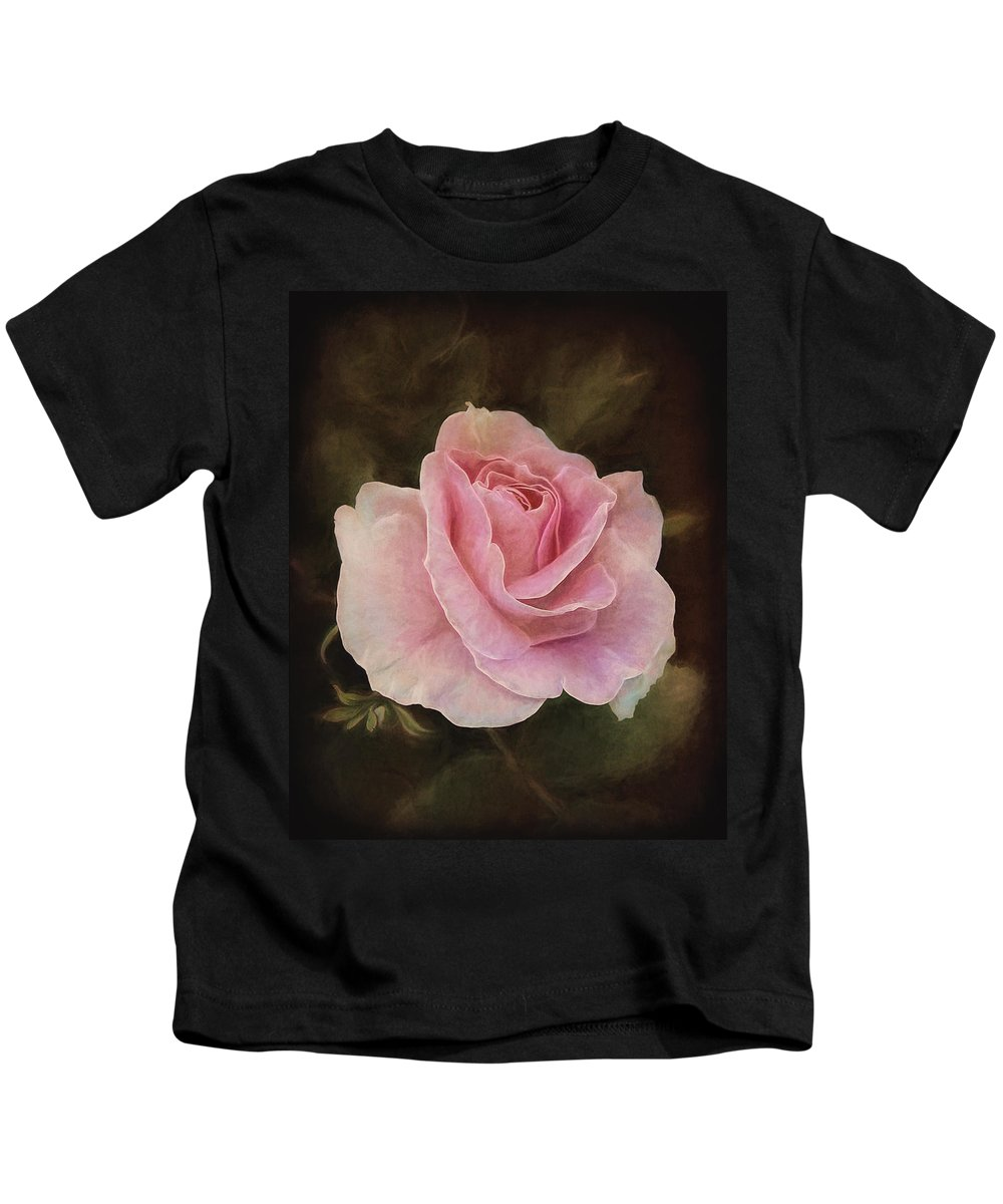 Flower Kids T-Shirt featuring the photograph Dreamy by Marcia Colelli