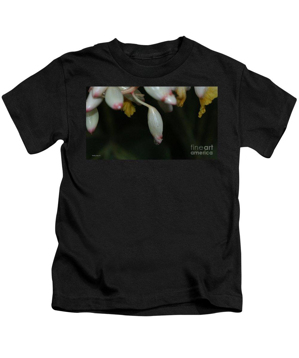 Rain Kids T-Shirt featuring the photograph Droplet by Shelley Jones