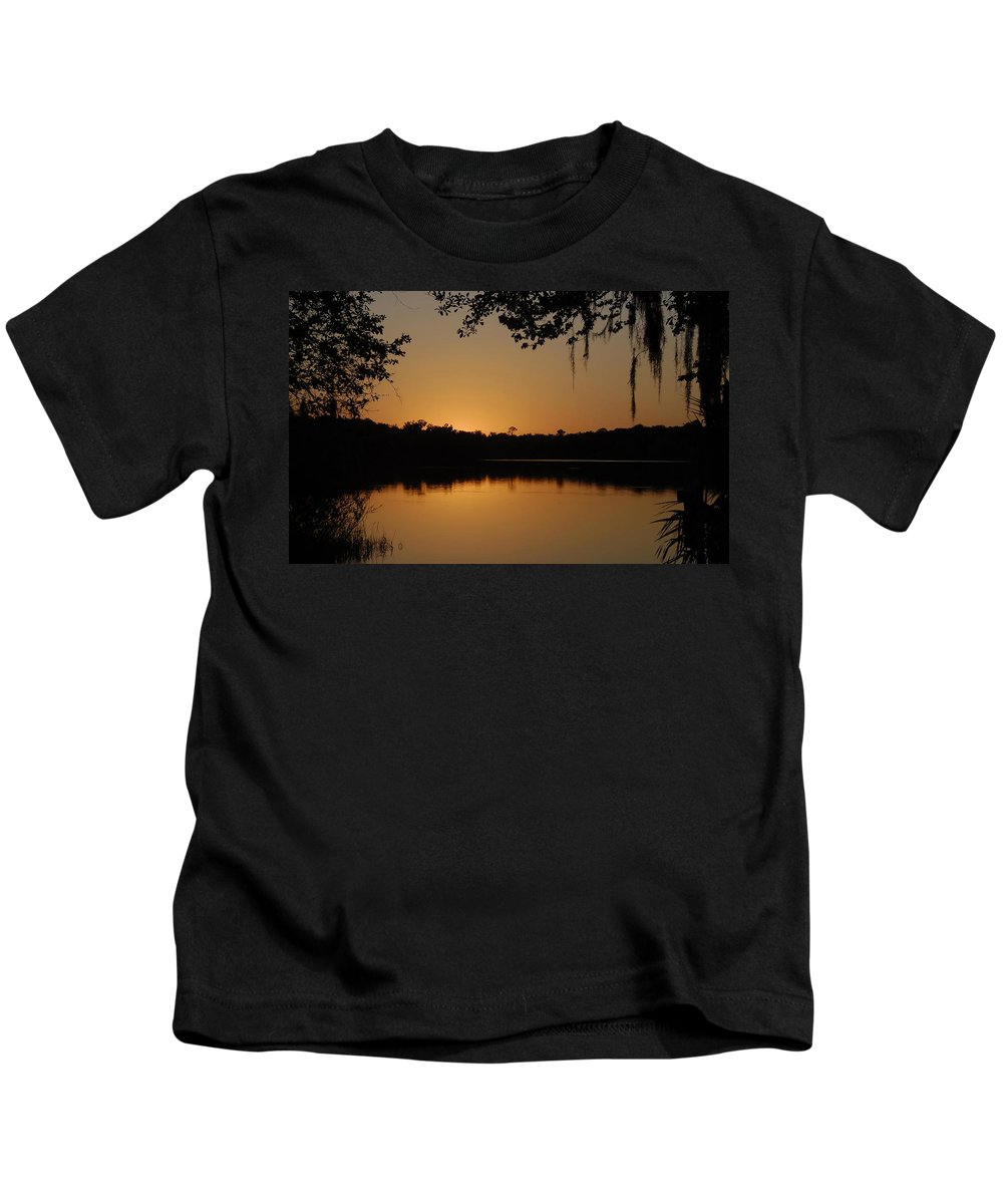 Dusk Kids T-Shirt featuring the photograph Dusk by David Lee Thompson