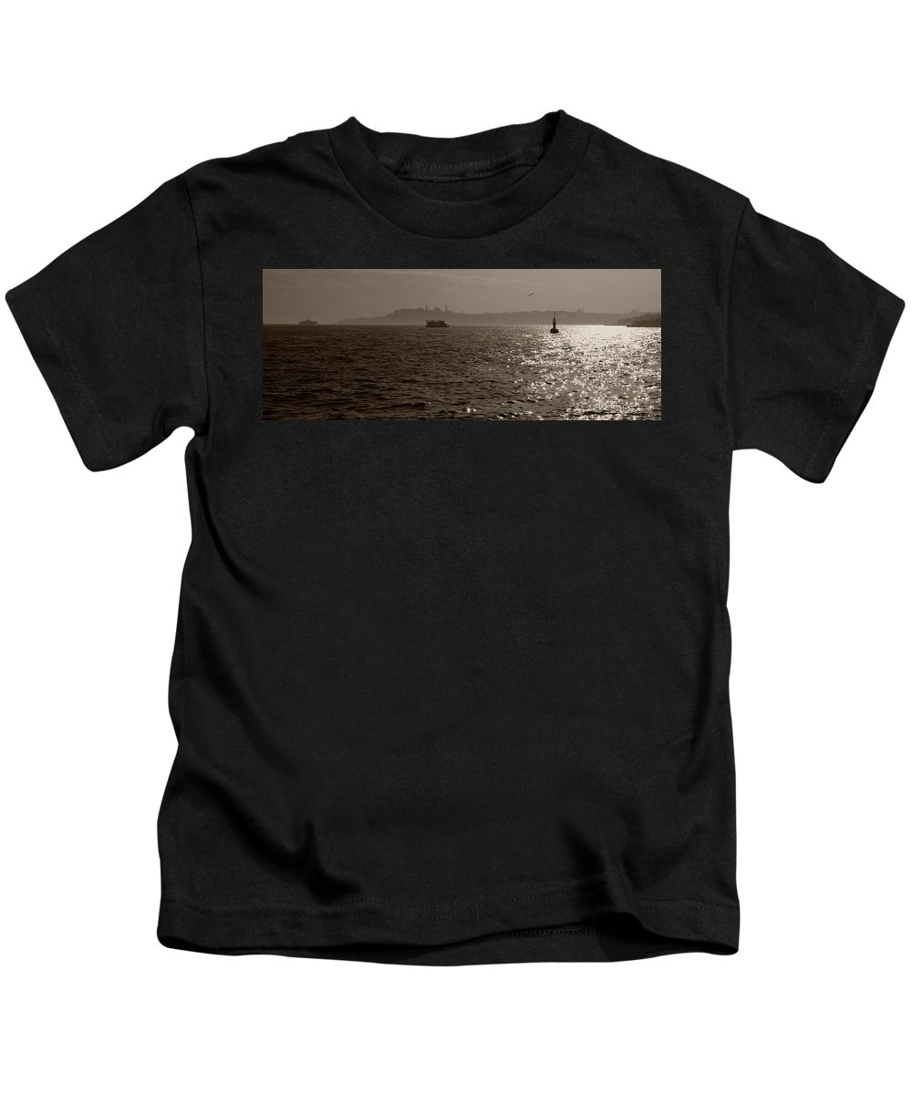 Istanbul Kids T-Shirt featuring the photograph Dusk In Peninsula by Malik Avunduk