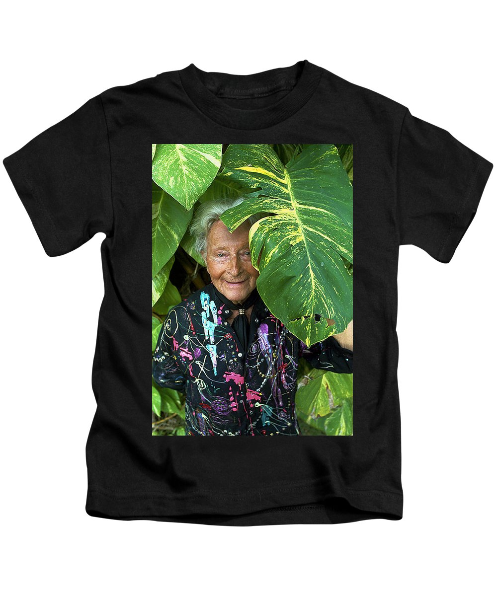 Portrait Of A Great Artists Kids T-Shirt featuring the photograph Erte At 95 by Terry Moyemont