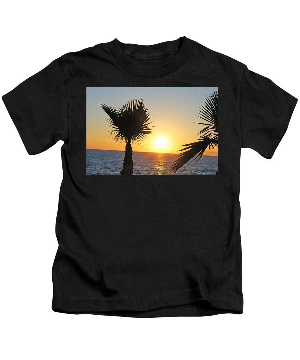 Landscape Kids T-Shirt featuring the photograph Eve Sun by Guillermo Mason