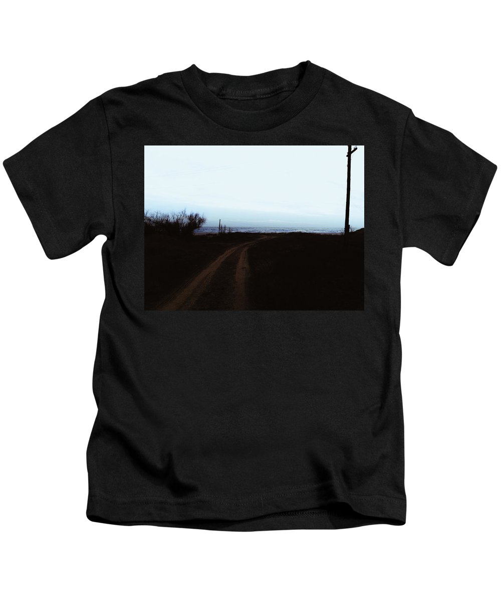 Road Kids T-Shirt featuring the photograph Evening Seascape by Sergey Yatsun