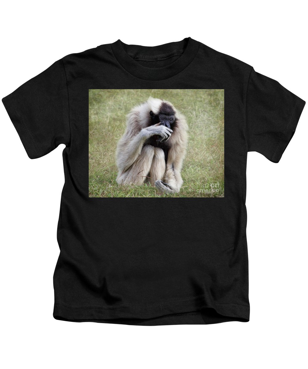 Pileated Gibbon Kids T-Shirt featuring the photograph Female Pileated Gibbon, Gladys Porter Zoo by TN Fairey
