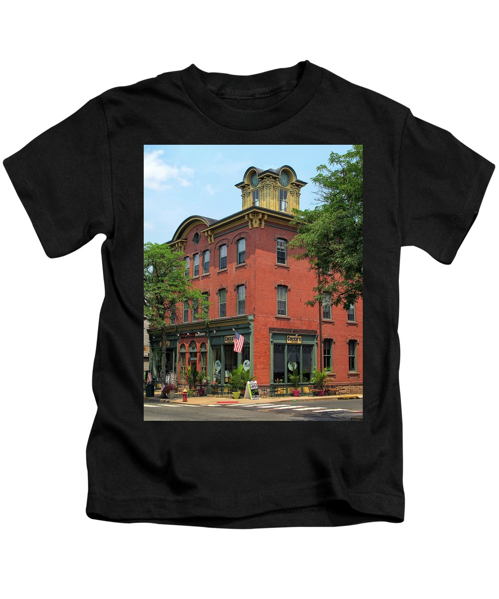 Flemington Kids T-Shirt featuring the photograph Flemington Main Street by Dave Mills
