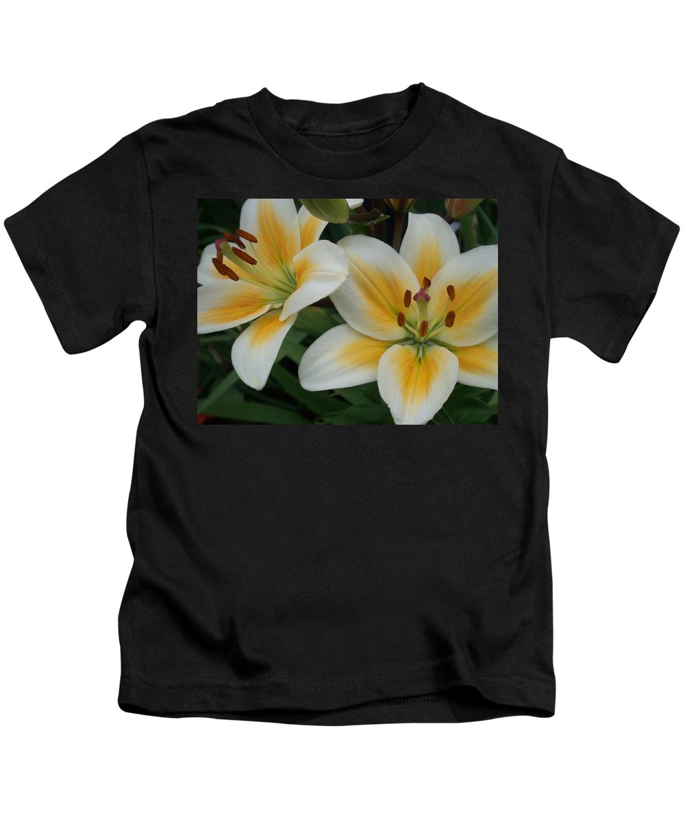 Flower Kids T-Shirt featuring the photograph Flower Close Up 2 by Anita Burgermeister