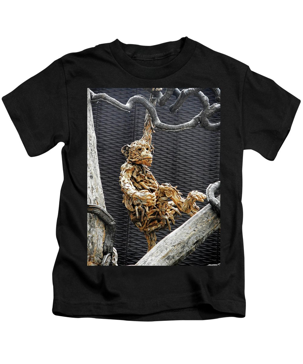 The Dooms Kids T-Shirt featuring the photograph Flower Dome 44 by Ron Kandt