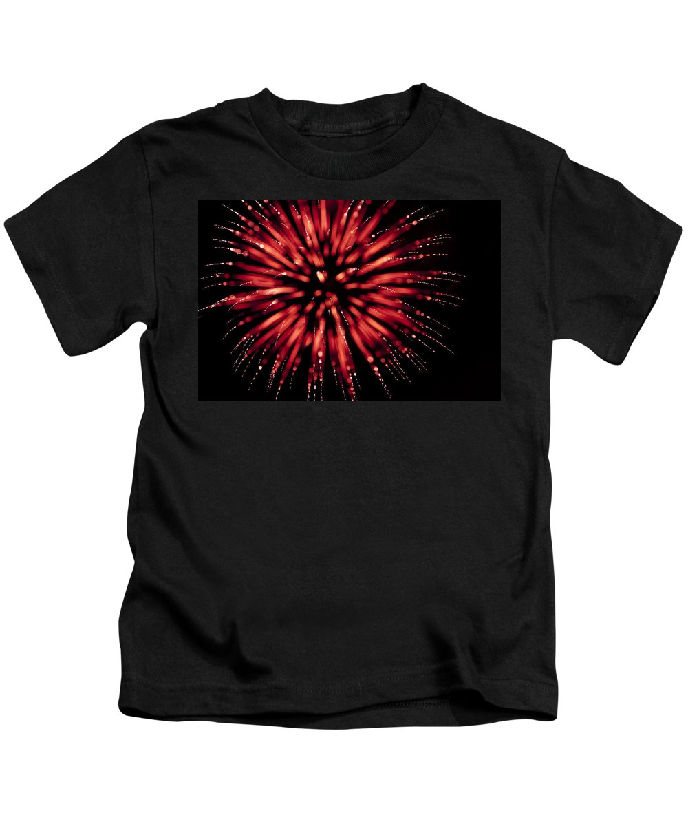 Fireworks Kids T-Shirt featuring the photograph Flowerworks #17 by Sandy Swanson