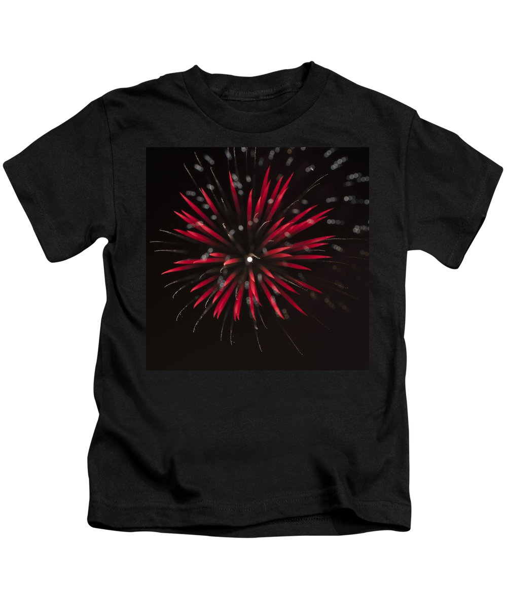 Fireworks Kids T-Shirt featuring the photograph Flowerworks #7 by Sandy Swanson