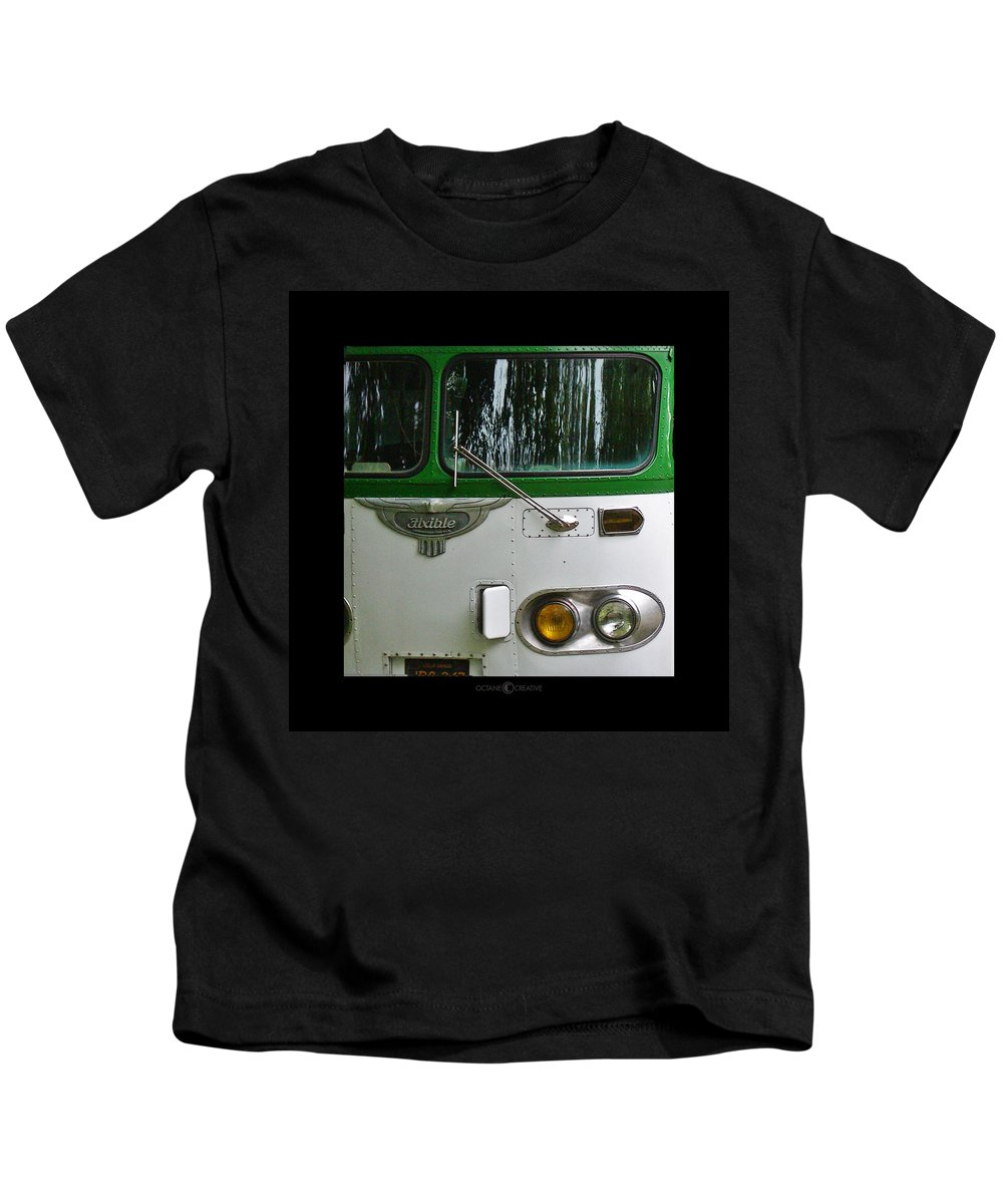 Flxible Kids T-Shirt featuring the photograph Flxible by Tim Nyberg