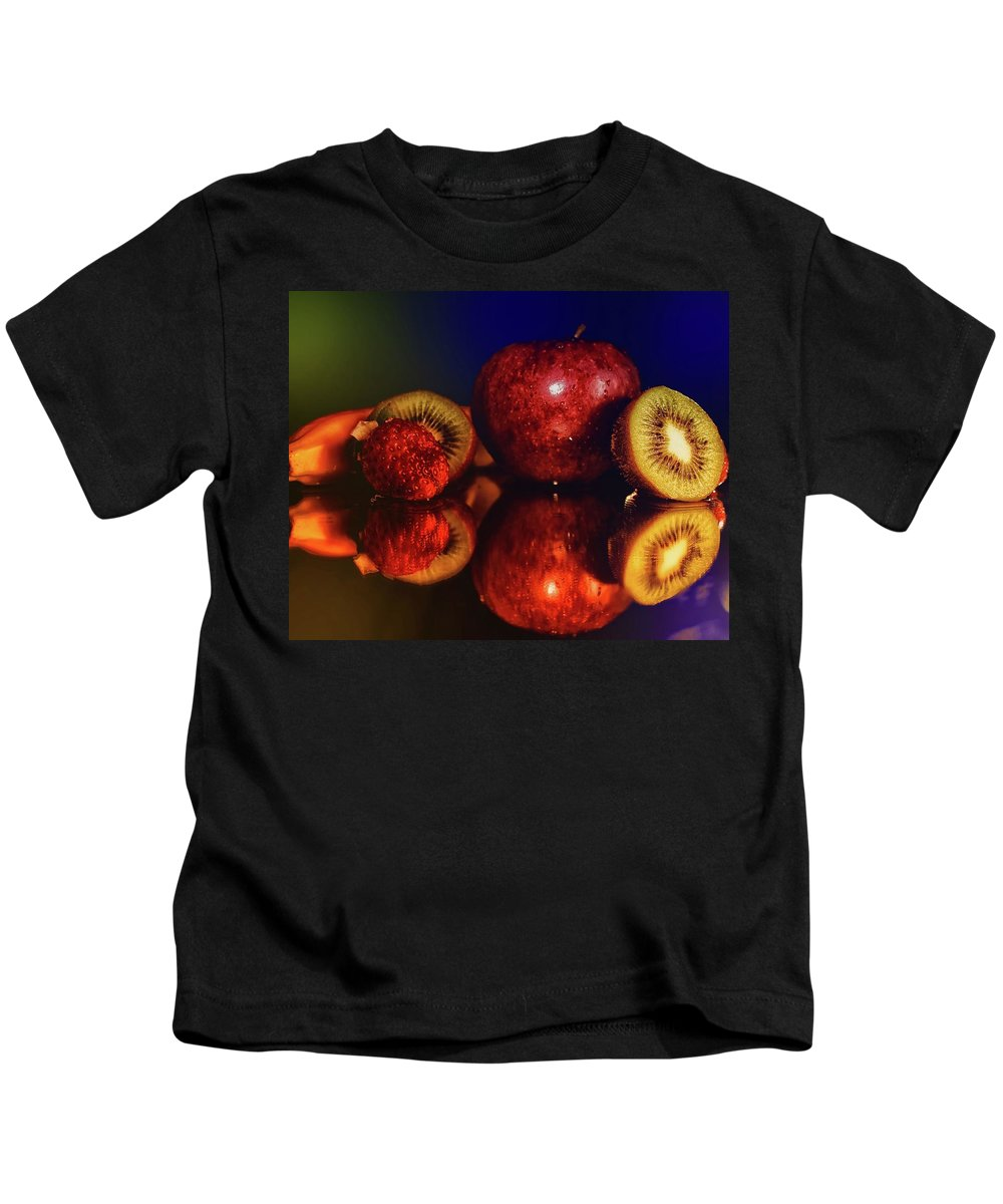 Scenic Kids T-Shirt featuring the photograph Food by Soares Paulo