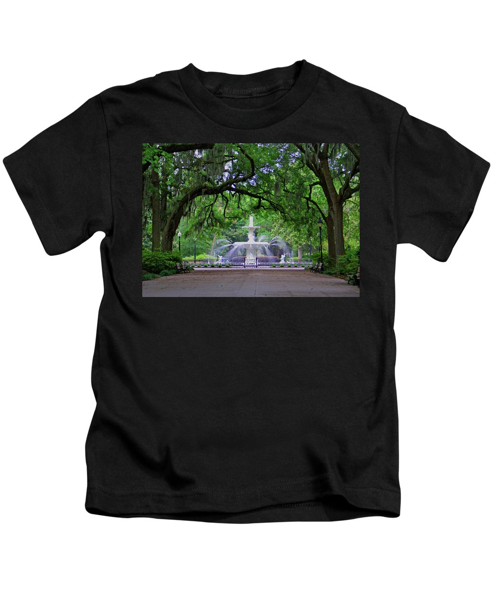 Forsyth Park Kids T-Shirt featuring the photograph Forsyth Park by Jean Haynes