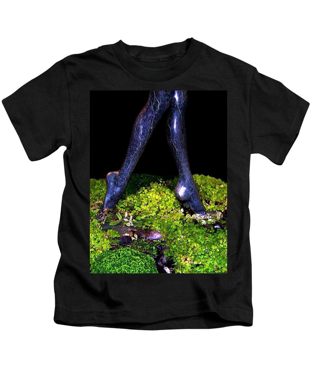 Sculpture Kids T-Shirt featuring the photograph Fountain Sculpture by Will Borden