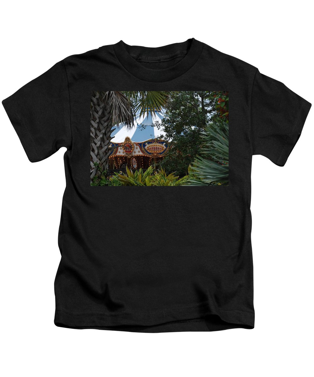 Architecture Kids T-Shirt featuring the photograph Fun Thru The Trees by Rob Hans