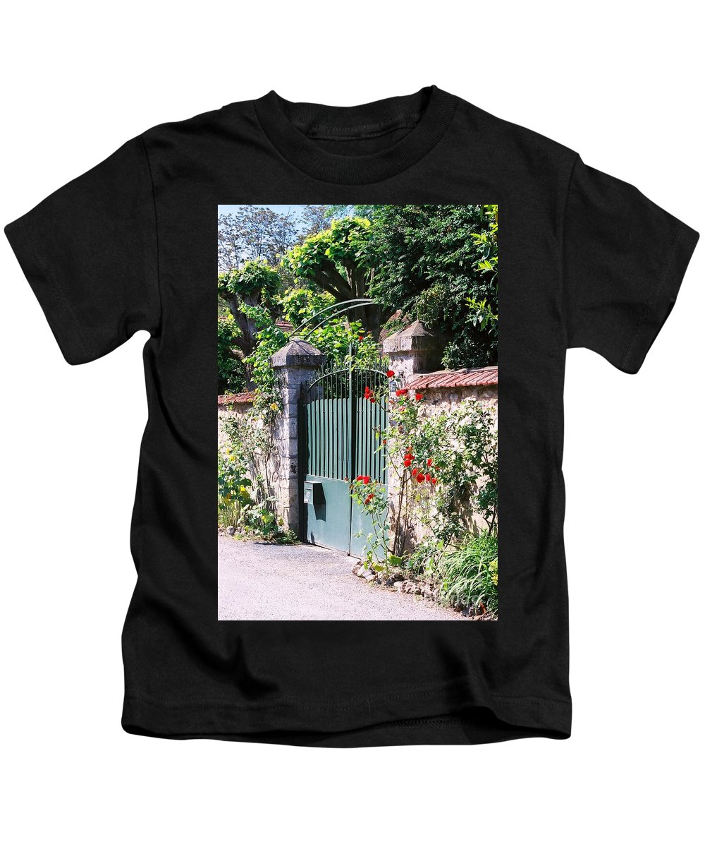 Giverny Kids T-Shirt featuring the photograph Giverny Gate by Nadine Rippelmeyer