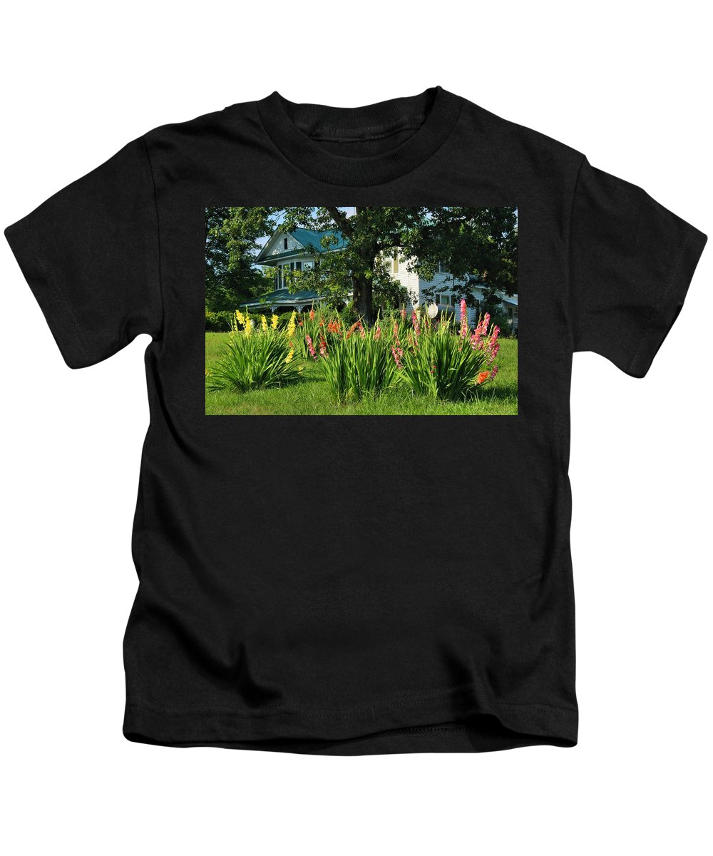 Gladiolus Kids T-Shirt featuring the photograph Gladiolus by Kathryn Meyer