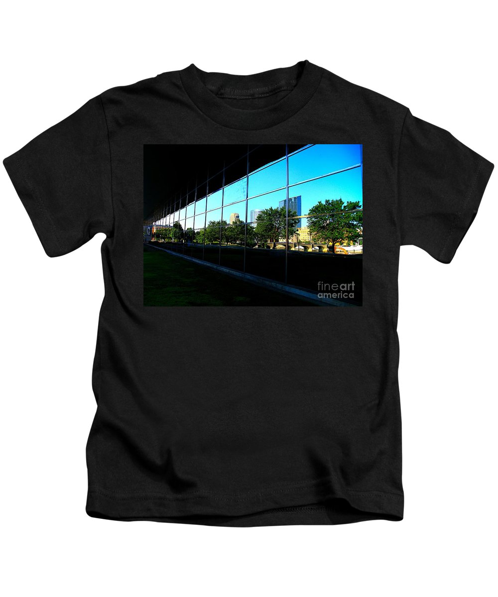 City Kids T-Shirt featuring the photograph Grand Rapids Mi On Glass-12 by Robert Pearson