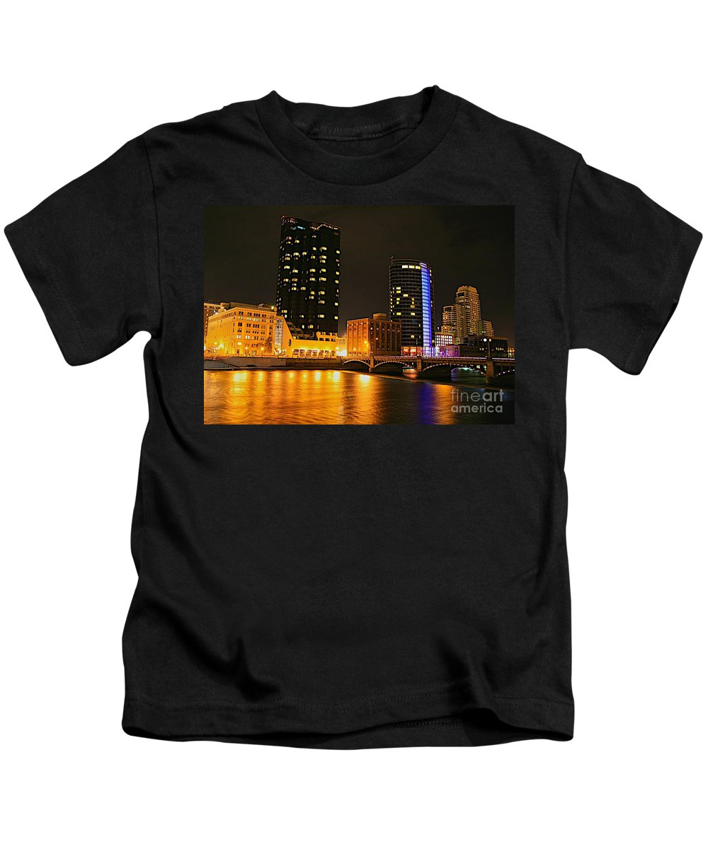 Grand Rapids Mi City Scapes Kids T-Shirt featuring the photograph Grand Rapids Mi Under The Lights-2 by Robert Pearson