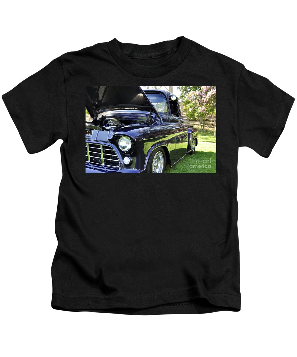 Clay Kids T-Shirt featuring the photograph Grape Fully Blown Pickup by Clayton Bruster