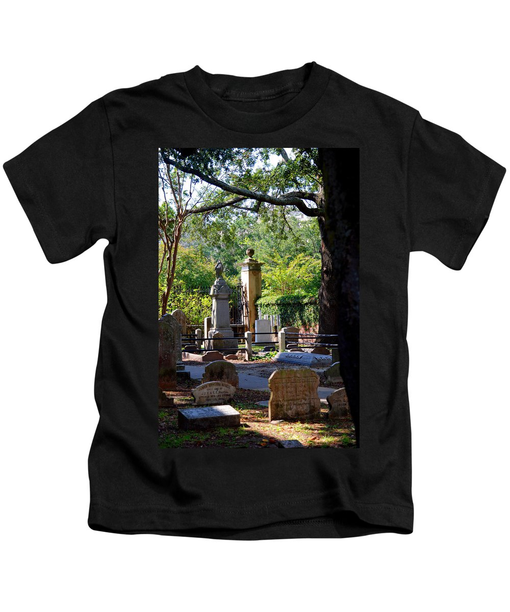 Photography Kids T-Shirt featuring the photograph Graveyard In Charleston by Susanne Van Hulst