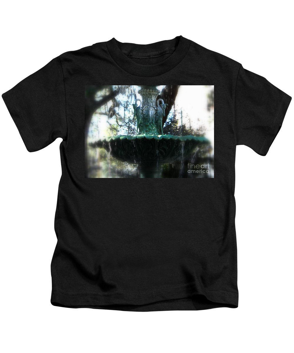 Savannah Kids T-Shirt featuring the photograph Green Fountain by Carol Groenen