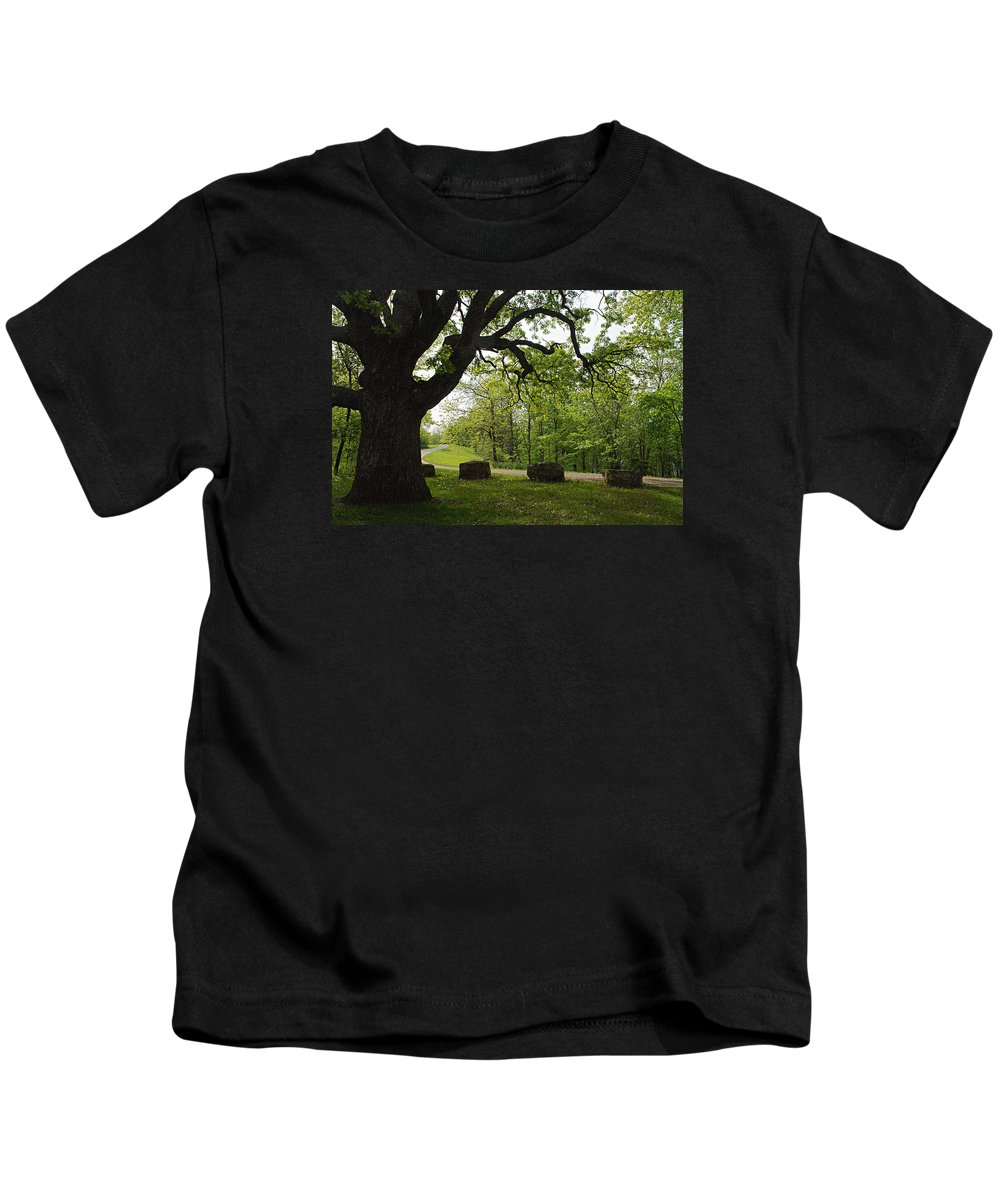 Bur Oak Kids T-Shirt featuring the photograph Greetng Another Spring by Larry Ricker