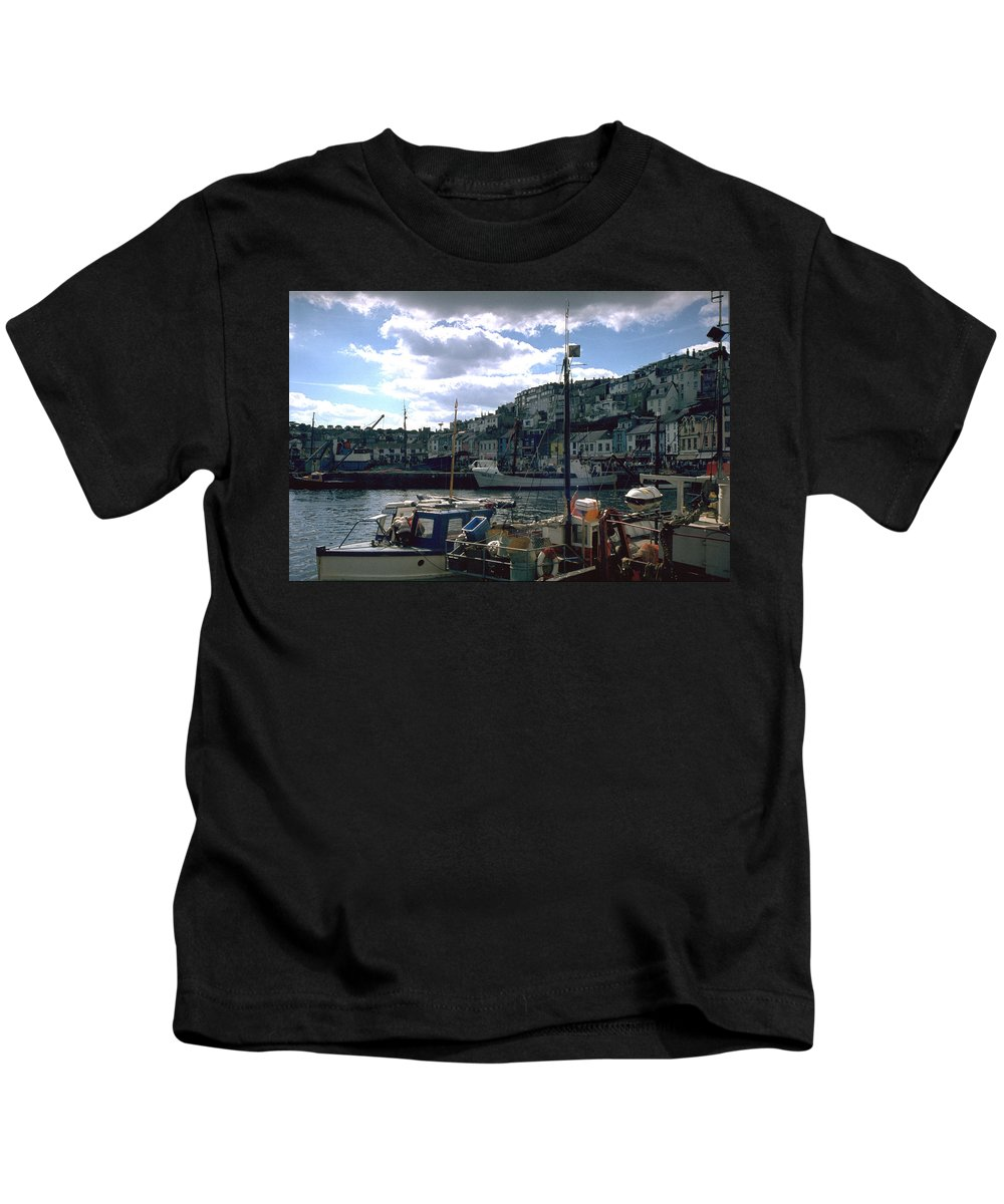 Great Britain Kids T-Shirt featuring the photograph Harbor II by Flavia Westerwelle