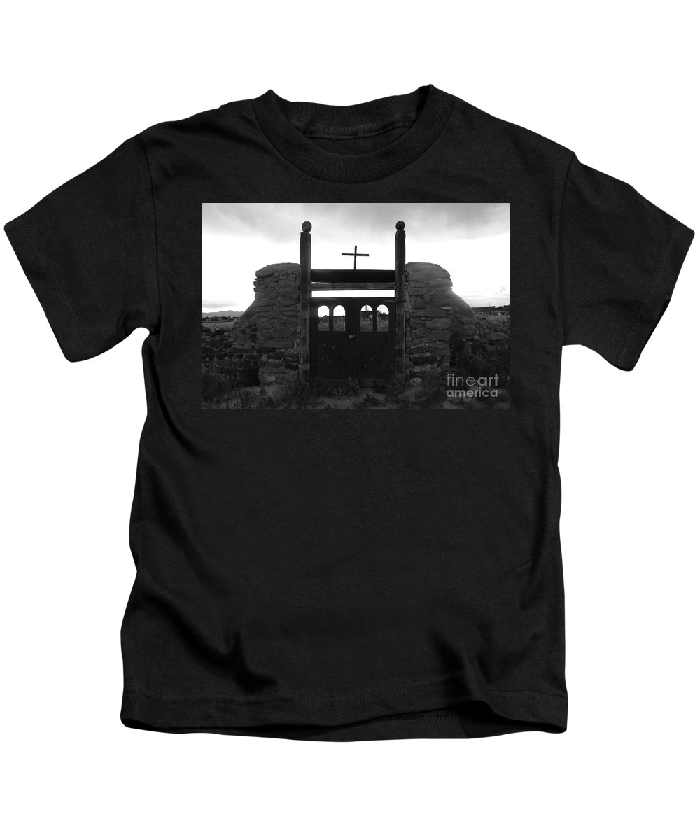 Heaven Kids T-Shirt featuring the photograph Heaven's Gate by David Lee Thompson