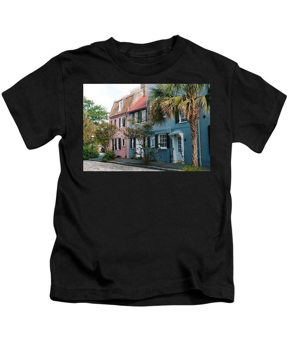 Photography Kids T-Shirt featuring the photograph Houses In Charleston Sc by Susanne Van Hulst